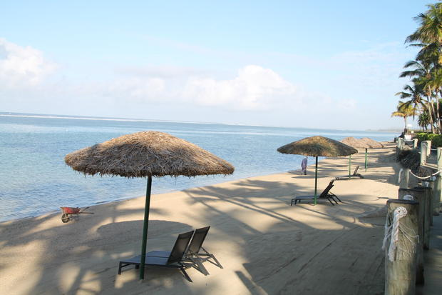Fijireview2